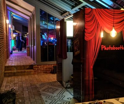 Chic Photo Booth Hire