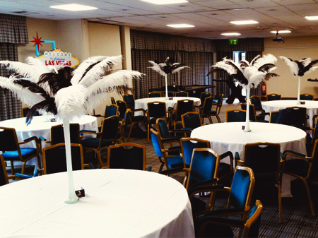 PROPS OSTRICH FEATHER TABLE CENTRES